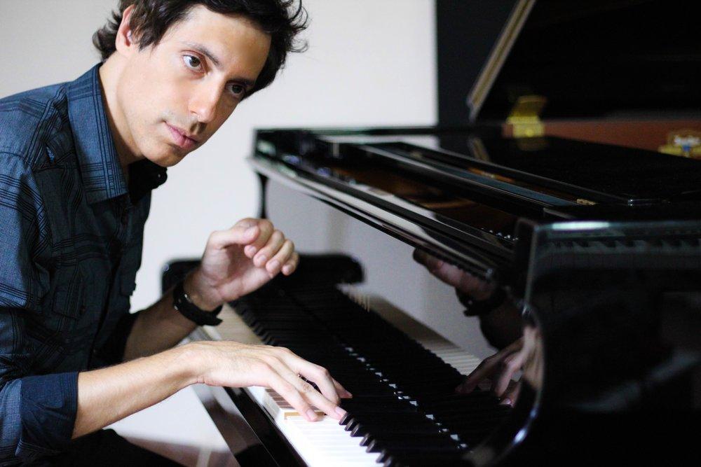Tom Brislin - Piano